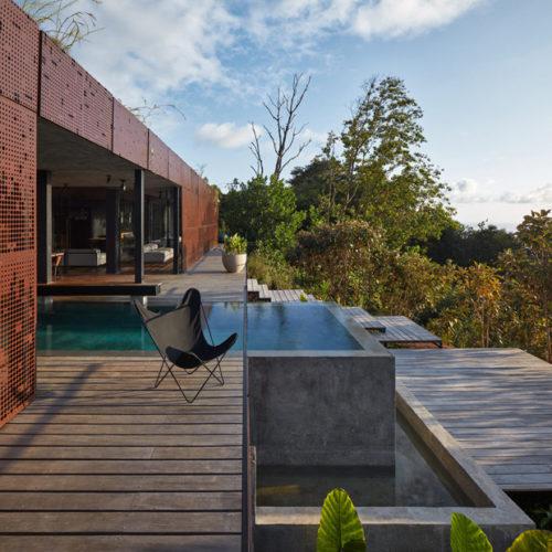Art Villa Costa Rica, incroyable maison qui se fond littéralement dans la jungle par Formafatal