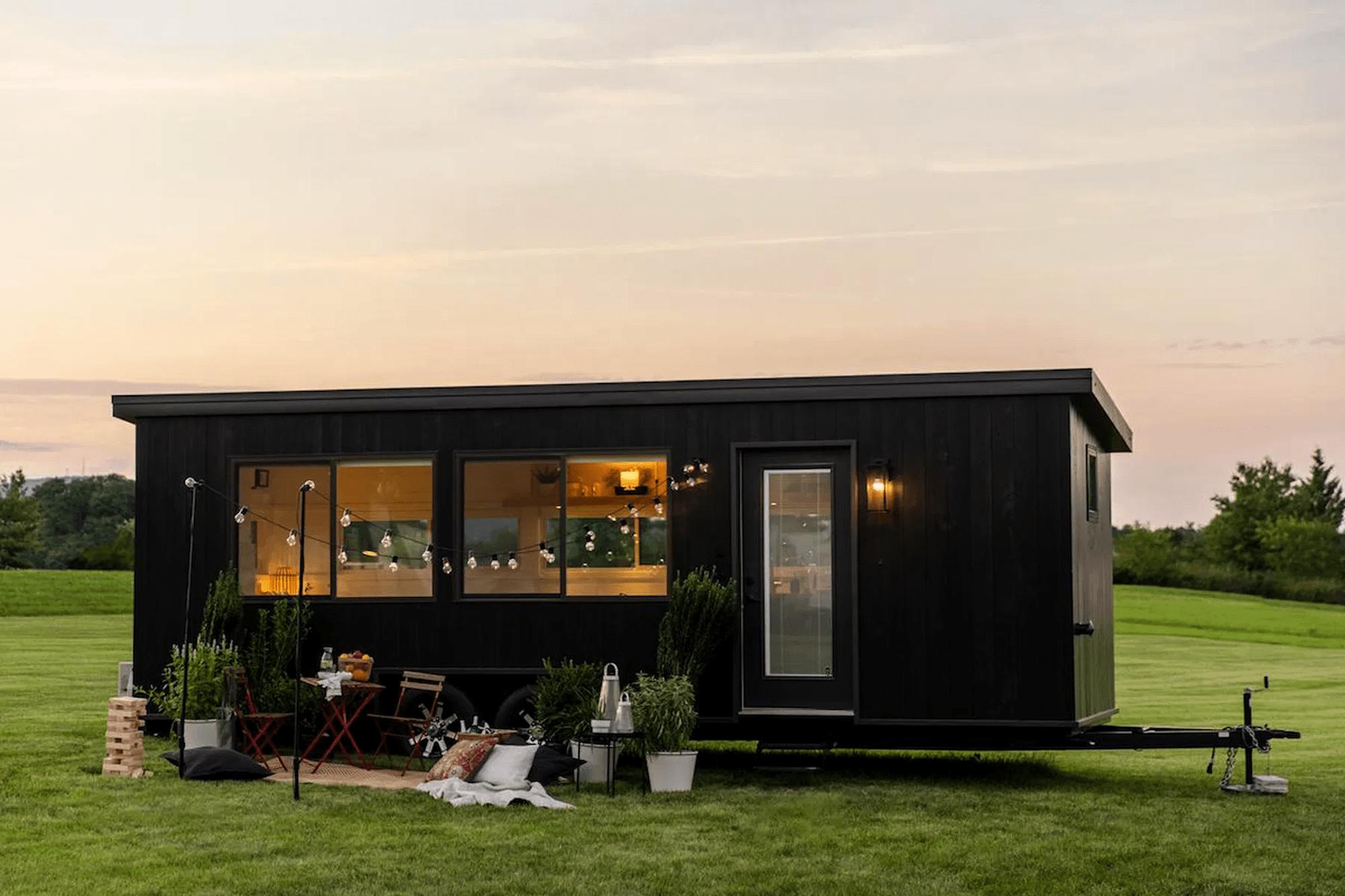 IKEA dévoile une tiny house éco-reponsable et minimaliste de 17m²
